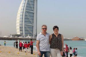 Even poseren voor de Burj Arab