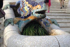 De beroemde hagedis op Park Guell