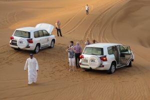 spetterende safari door de woestijn
